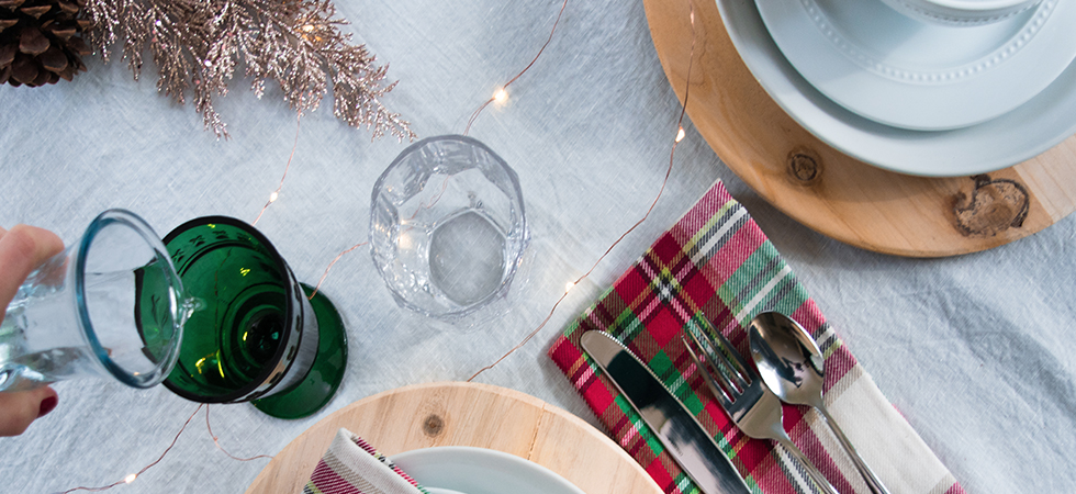 Holiday Entertaining: 4 Helpful Tips - relmstyle
